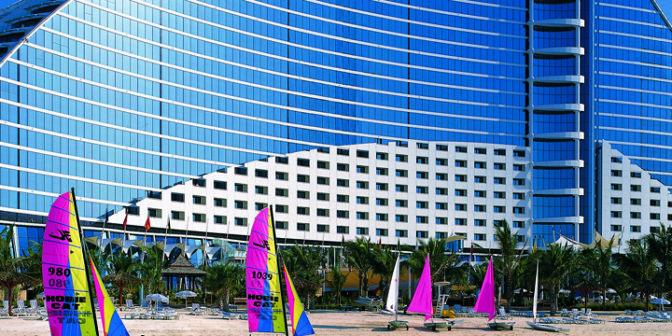 jumeirah-beach-hotel-de-luxe