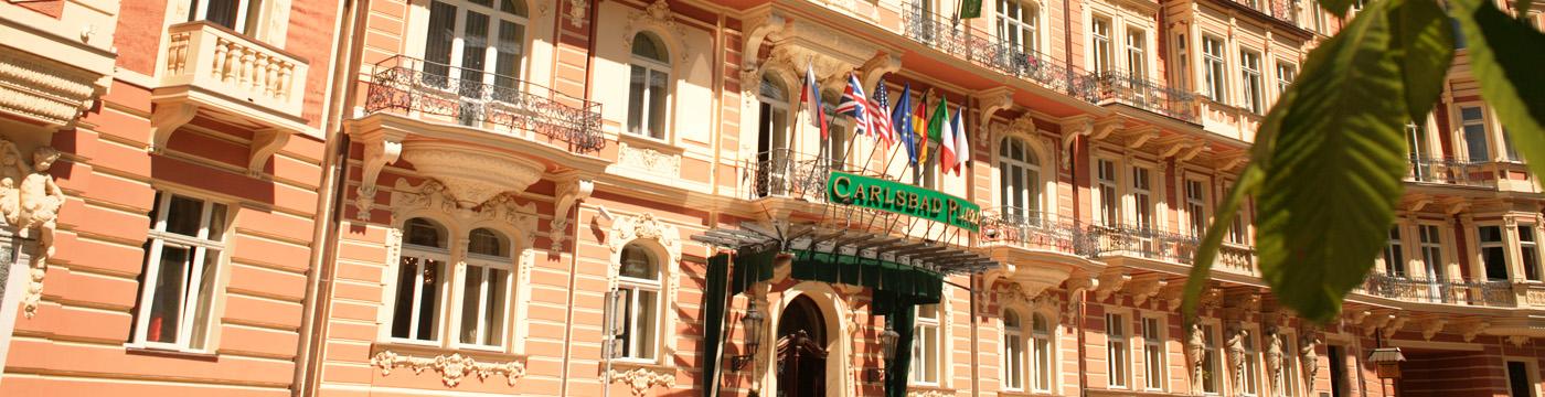 carlsbad-plaza