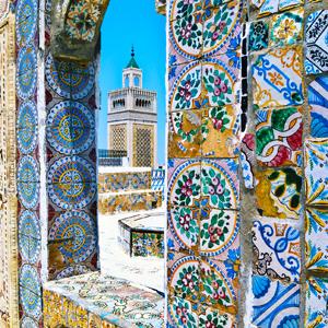 Minaret viewed through an arch, Grand Mosque, Tunis, Tunisia