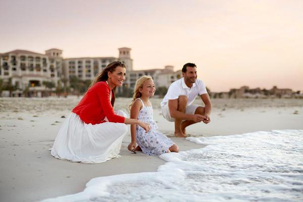 10-Visit-Abu-Dhabi-Home-Page-2014