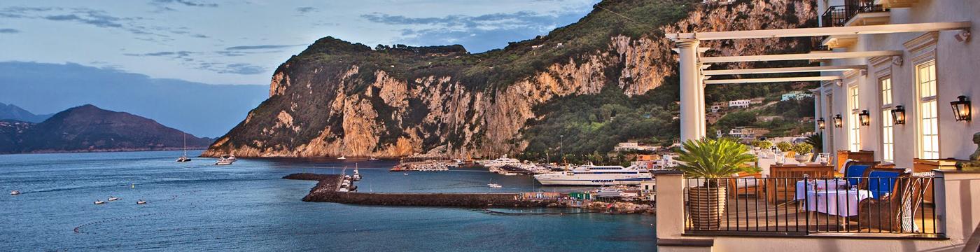 Фотография отеля J.K. Place Capri вид на залив с террасы - Италия, Капри