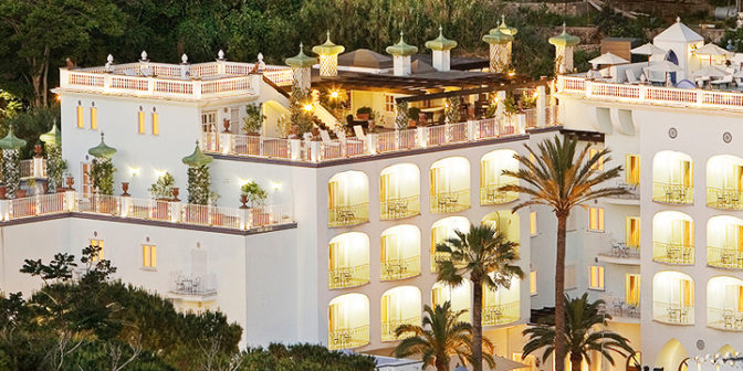 Фотография отеля Terme di Manzi Hotel & Spa вечерний вид отеля - Италия, Искья