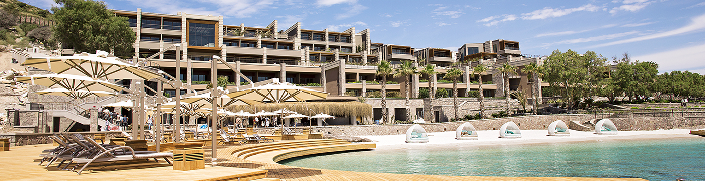 Caresse, a Luxury Collection Resort & Spa