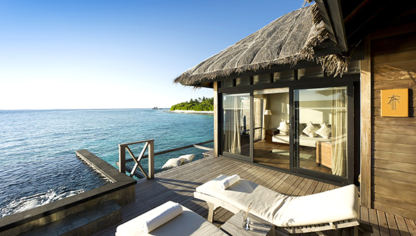 ja-manafaru-maldives-ocean-villa-external1