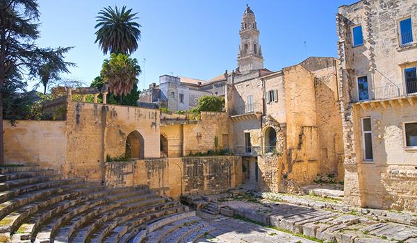 Roman-theatre.-Lecce.-Puglia.-Italy600-350