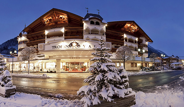 Trofana-Royal-Hotel-Ischgl-Winter1