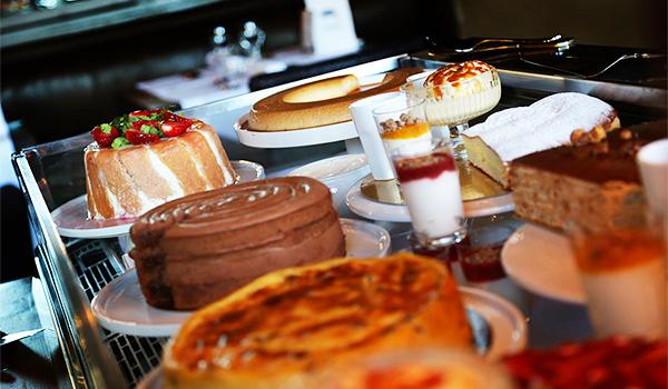 десерты LA MAISON DU BASSIN отеля 2