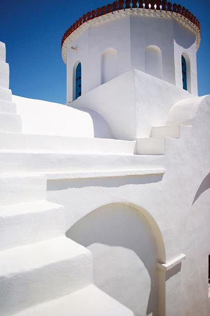 panagia-poulati-monastery-east-coast-sifnos-greece-conde-nast-traveller-11april16-david-loftus_1