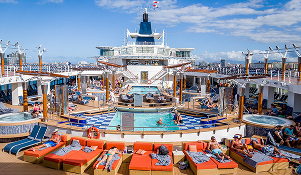 Celebrity-Summit-cruise-pool-deck-600-350