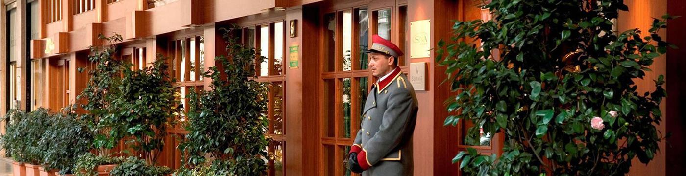de-la-ville-hotel